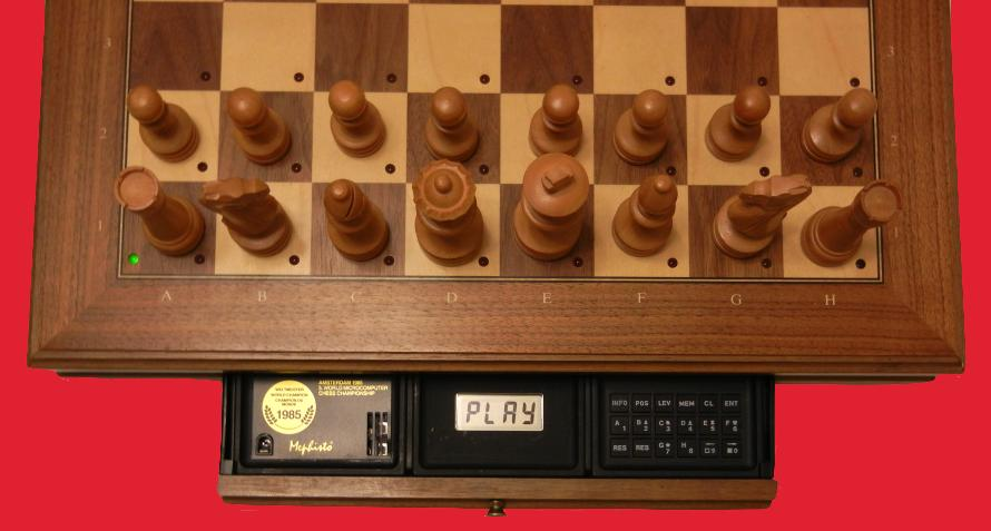 Mephisto Amsterdam (1985) Top View of Mephisto Amsterdam Modules inside Modular Chess Board